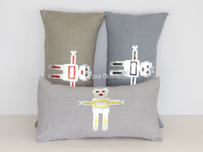 coussin robot gris clair lin coussin bios mouche. Black Bedroom Furniture Sets. Home Design Ideas