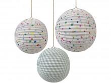 Lanternes de papier décorées 'Charms'
